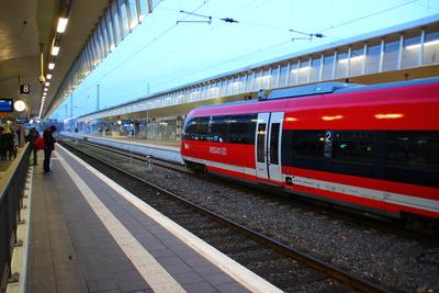 Auf die Deutsche Bahn kommen ungemütliche Zeiten zu. Foto: Dirk Kruse / pixelio.de