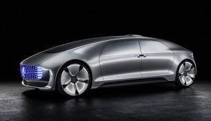 So stellt sich Mercedes das zukünftige, selbstständig fahrende Auto vor.   Foto: Daimler  