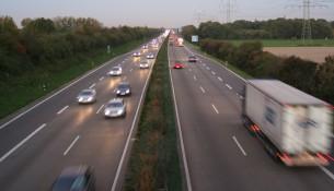 Pünktlich zur Ferienzeit füllen sich die Autobahnen. | Foto: Rolf van Melis | Wikipedia.org | CC BY-SA 2.0 DE