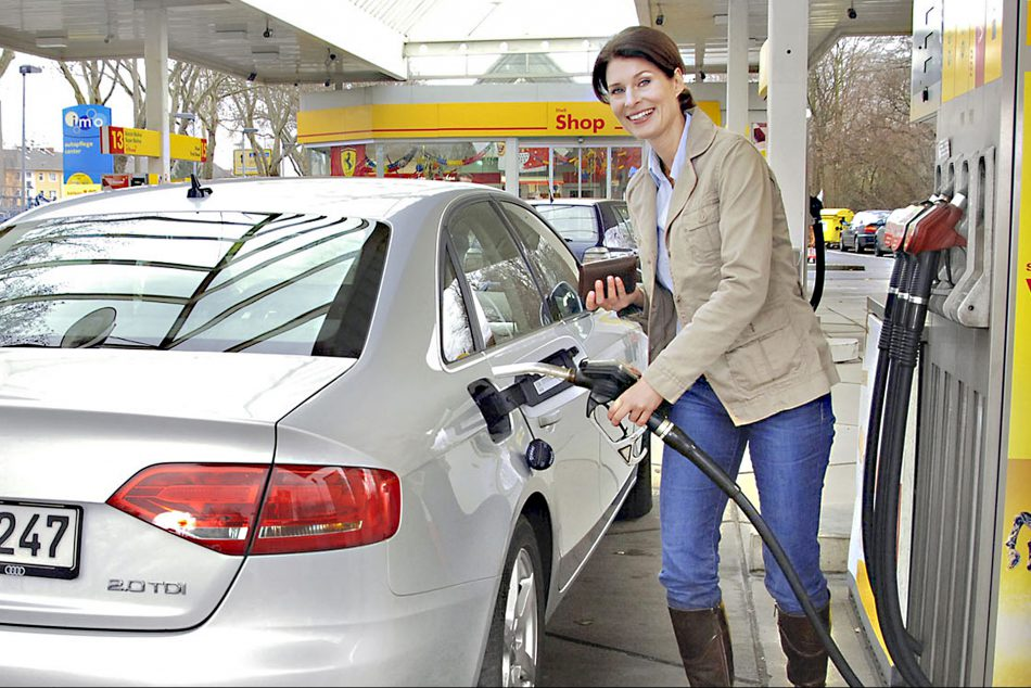 Günstiger tanken: Nur 22 % nehmen einen Umwege in Kauf. Foto: Auto-Reporter.NET