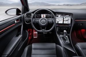 Der Innenraum des Golf R Touch. Bild: Volkswagen