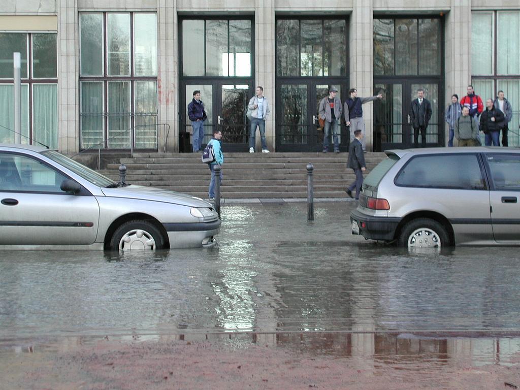 Wenn das Auto unter Wasser steht  atudo ~ Geschirrspülmaschine Wasser Steht